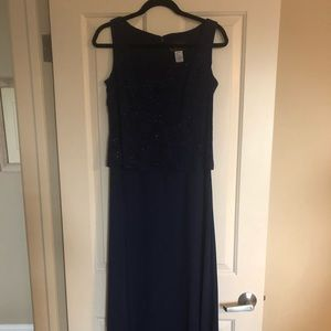 Alex Evenings two piece gown.